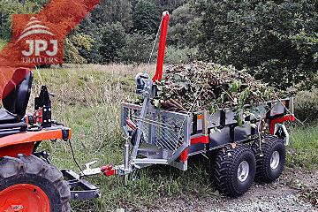 ATV-prikolica i kompaktni traktor