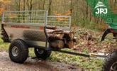 prijevoz duljih komada drva na ATV prikolicu Farmer